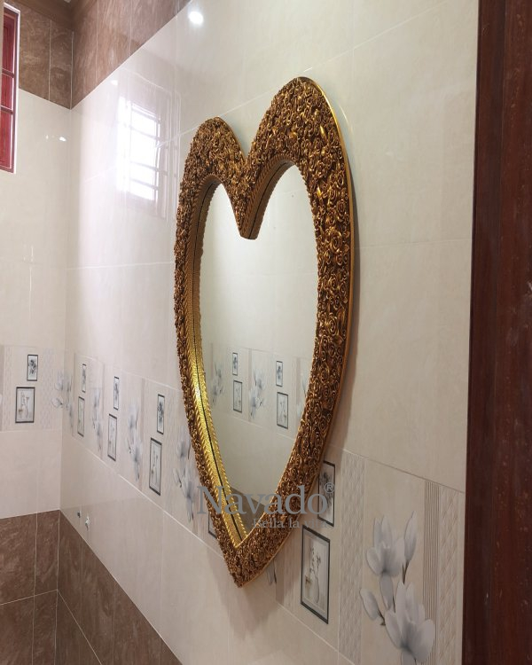 The Heart Hanging Wall Mirror