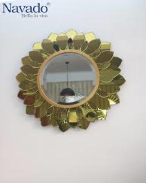 Dalisa Makeup Mirror Art