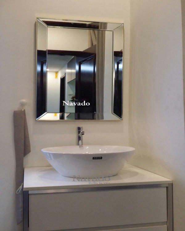 SALE OF MIRRORTHAM BATHROOM OF LUXURY BLANCO