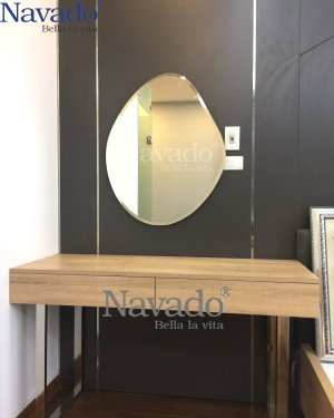 NAVADO STONE MAKEUP MIRROR