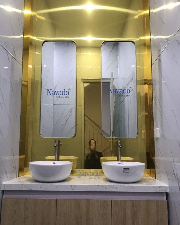ROUND BATHROOM FRAME INOX  ROUNDS CONNER