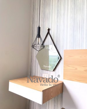 Hexagonal mirror with 70cm leather strap