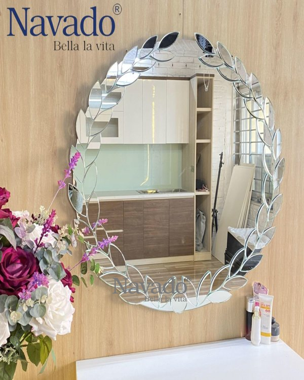 LAUREL MAKEUP MIRROR