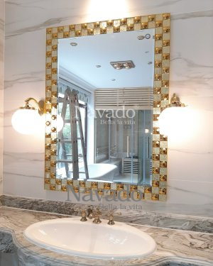 ROYAL LUXURY DECORATE BATHROOM MIRROR