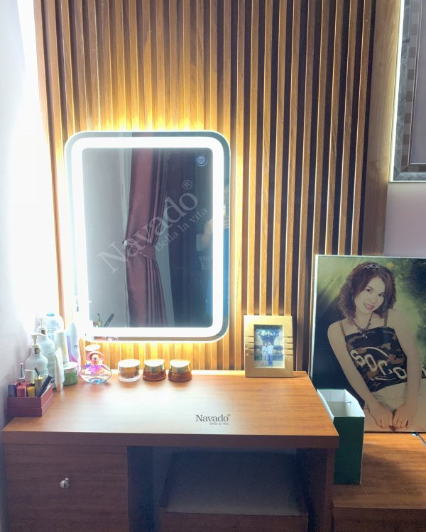 LED HIGH QUALITY MAKEUP MIRROR