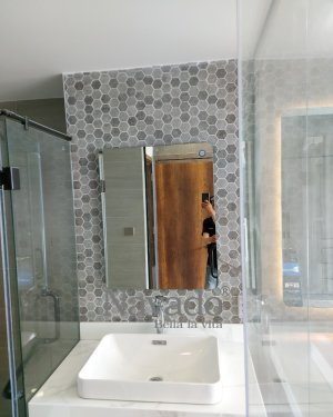 BASIC RECTANGLE MIRROR WALL BATHROOM