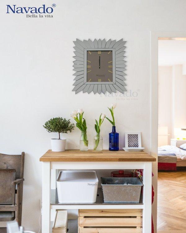 MIRROR CLOCK WITH ART DESIGN FOR DECOR ROOM
