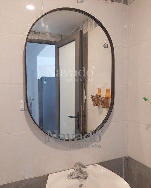 MODERN BATHROOM OVAL MIRROR WITH BLACK STEEL FRAME