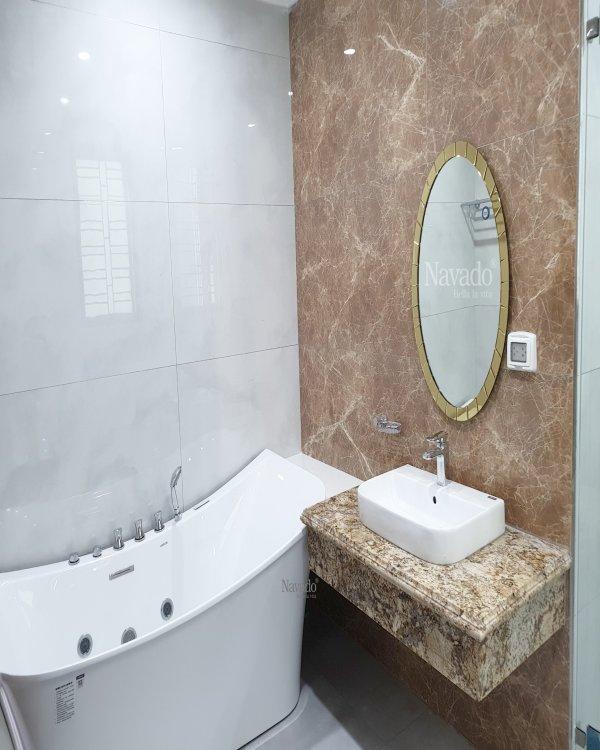 MODERN ELIP BATHROOM MIRROR WITH GOLD FRAME