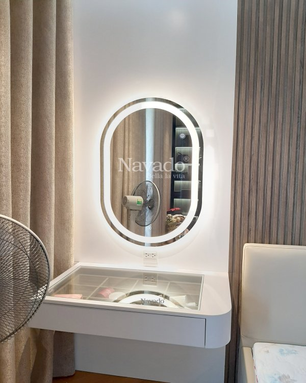 OVAL LED MAKEUP MIRROR WITH LUXURY INOX FRAME