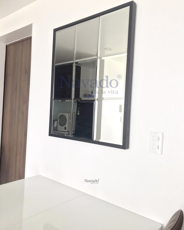 ART WALL LIVING ROOM MIRROR WITH BASIC STYLE