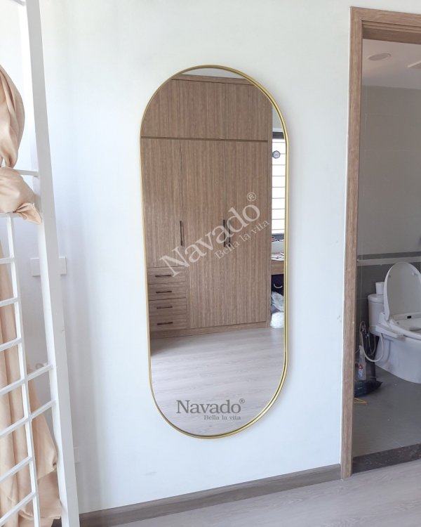 MODERN FULL BODY MIRROR WITH GOLD FRAME