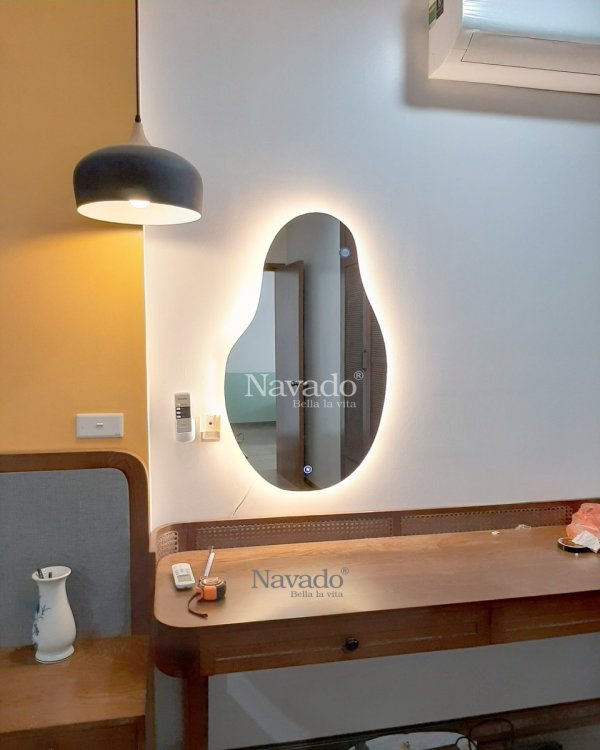 MODERN LED ART FREESTYLE MIRROR DESIGN