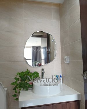 STONE BATHROOM MIRROR WITH FREESTYLE DESIGN